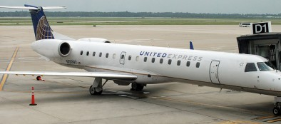 The Lehigh Carbon Community College aviation program and ExpressJet Airlines have entered into a pilot pathway agreement. (photo by André Du-pont, of Mexico Air Spotters, via Wikimedia Commons)
