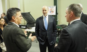 Governor Tom Wolf (center) during his visit to the Allentown manufacturer.