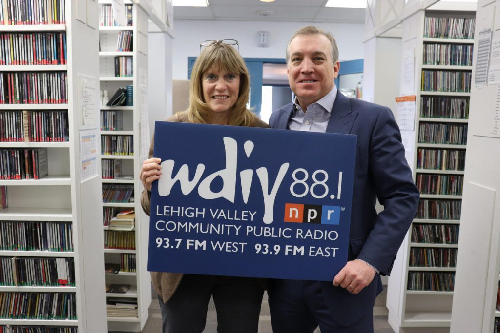 LVEDC President & CEO Don Cunningham (right) and Sally Handlon (left), host of Lehigh Valley Discourse, a weekly news program on WDIY.